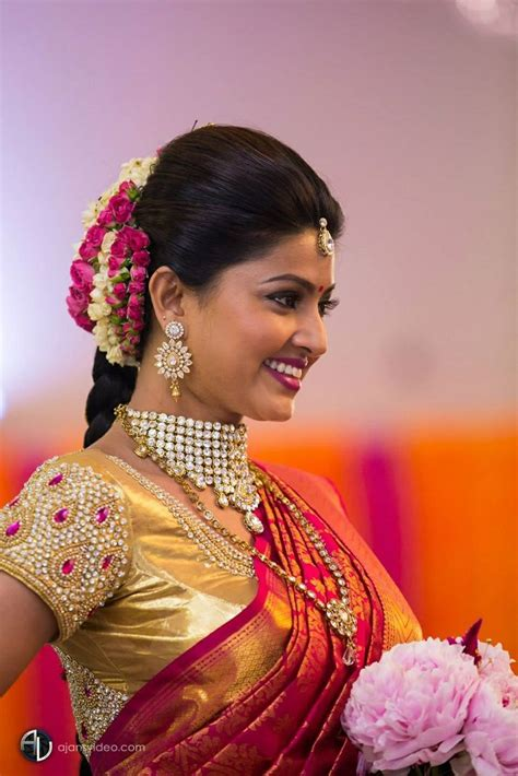 traditional southern indian bride wearing bridal saree
