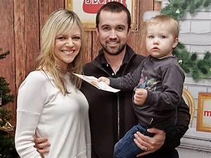 Celebs Step Out for Santa's Workshop 2012 – Moms & Babies ...