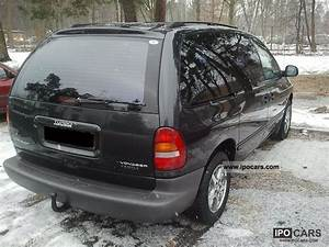 Batterie Chrysler Voyager 2 5 Td : 2000 chrysler grand voyager 2 5 td le car photo and specs ~ Gottalentnigeria.com Avis de Voitures