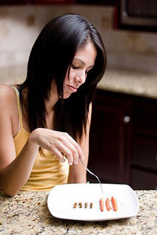 bizarre eating rituals  secret signs  anorexia