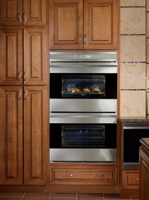 Wolf DO302GB 30 Inch Double Electric Wall Oven with 4.5 cu