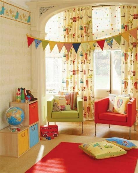 chambre fille et gar n idées en 50 photos pour choisir les rideaux enfants