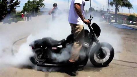 Harley Wheelies & Crash