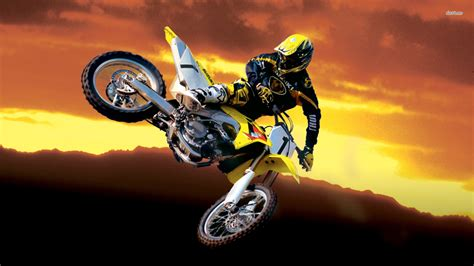 suzuki motocross wallpaper