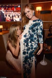 Adele Vanity Fair by Pregnant Isla Fisher Rests A Hand On Her Very Large Baby