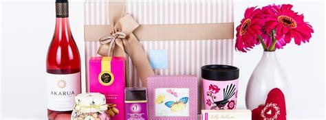 Christmas Gourmet Food Gift Baskets & Hampers
