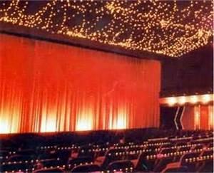 Vorhang Nach Maß : theaterlicht showlicht theaterbeleuchtung b hnenlicht b hnenbeleuchtung b hnenausstattung ~ Eleganceandgraceweddings.com Haus und Dekorationen