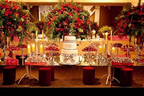 Casamento vermelho preto e branco
