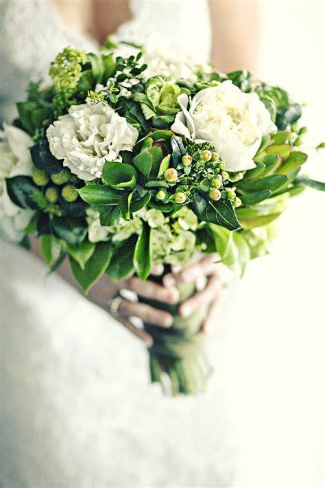 beautiful green  ivory wedding bouquet  viburnum