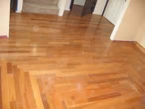 flooring of 8mm 12mm hdf wood laminate flooring of click system