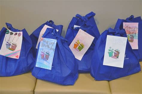 girl scouts donate birthday bags  food pantry scouts