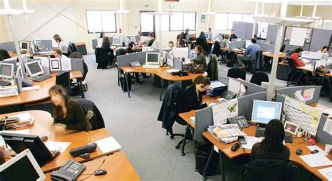 bureau entreprise espace de travail les limites du tout ouvert