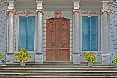Eingangstür Schloss Wilhelmstal Foto & Bild Architektur