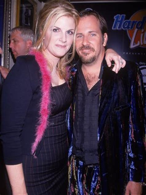 trisha yearwoods husband top 28 who is trisha yearwood married to shock garth brooks trisha yearwood just revealed