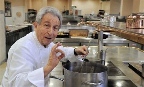 grand chef de cuisine le chef étoilé michel guérard veut apprendre la diététique