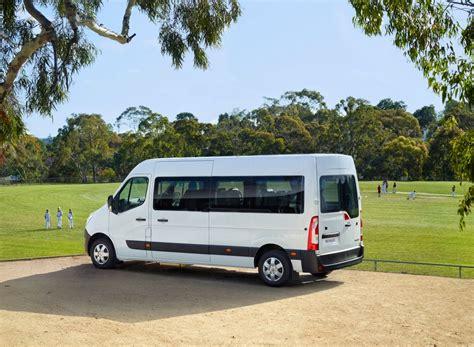 renault master minibus renault master bus all aboard the renault master bus