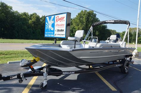 Seaark Boats Easy 200 by 2019 Seaark Easy 200 W Suzuki 150 Trailer Vc Marine