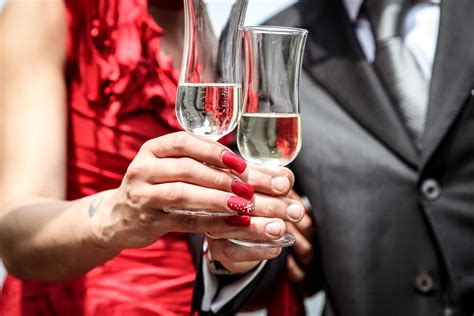 How To Have A Happy New Year Without The Unhappy Alcohol