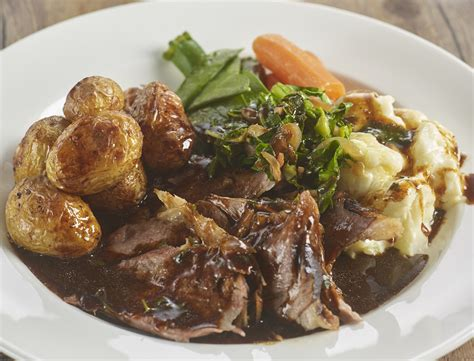 top ten sunday dinners which pubs serve the best sunday roast dinners revealed by roast dinner week metro news
