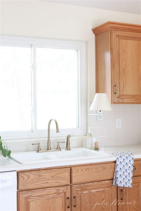 How To Update Oak Cabinets - updating a kitchen with oak cabinets without painting them