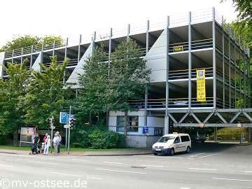 Parken Im Parkhaus Regeln Vorschriften Tipps by Einkaufsstra 223 E Heringsdorf Zentrum Insel Usedom Einkaufen
