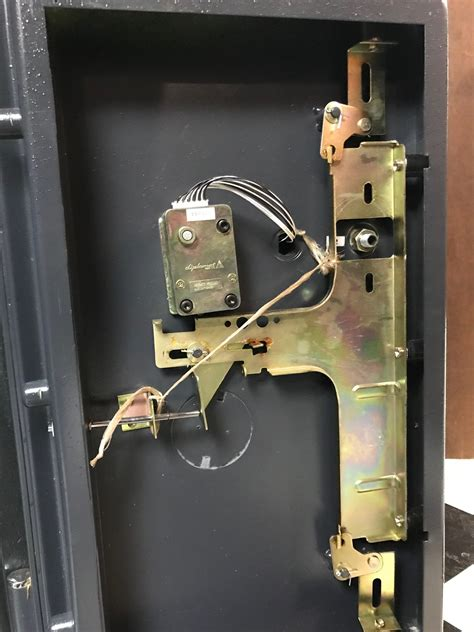 Replacement Parts For Sentry Safe - General DIY ...