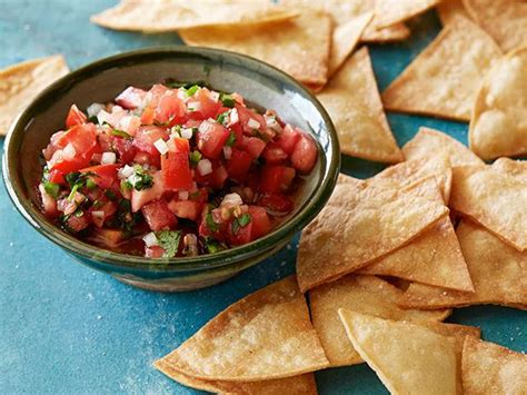 cuisine salsa salsa and chips recipe food kitchen food