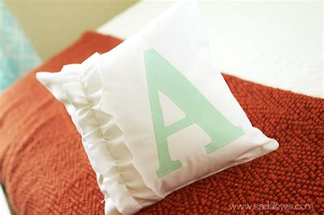 plush  cute diy throw pillows ideas