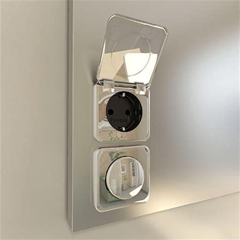 Spiegel Mit Integrierter Steckdose by Eleganter Badspiegel Mit Steckdose Und Led Rundum Beleuchtung