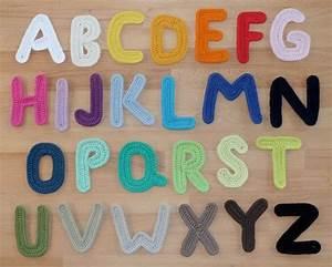 Große Deko Buchstaben : h kelanleitung f r eine gro e buchstaben applikation e ~ Markanthonyermac.com Haus und Dekorationen