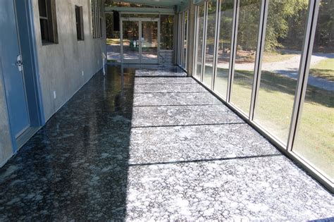 We have created the ultimate metallic epoxy kit for garage floors as well as commercial and industrial applications. Durham Sunroom Epoxy Metallic Floor