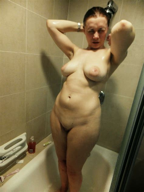 Milf In Shower Sunnydaysxx