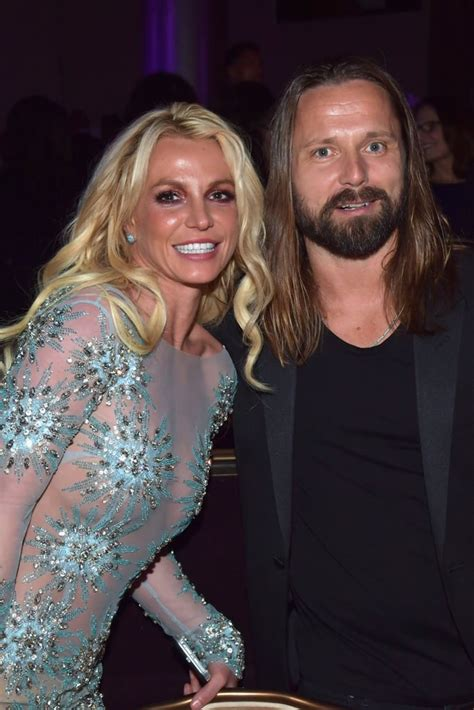 Name a more iconic duo... I'll wait. - Britney Version ...