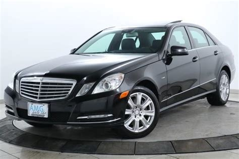 This manual comes under the category cars and has been rated by 1 people with an average of a 7.5. 2012 Mercedes-Benz E-Class E 350 Luxury 4MATIC AWD E 350 ...