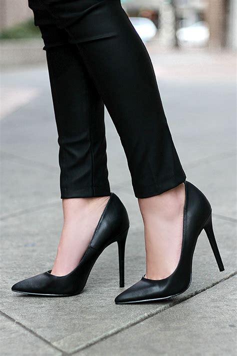 pretty black pumps pointed pumps black heels