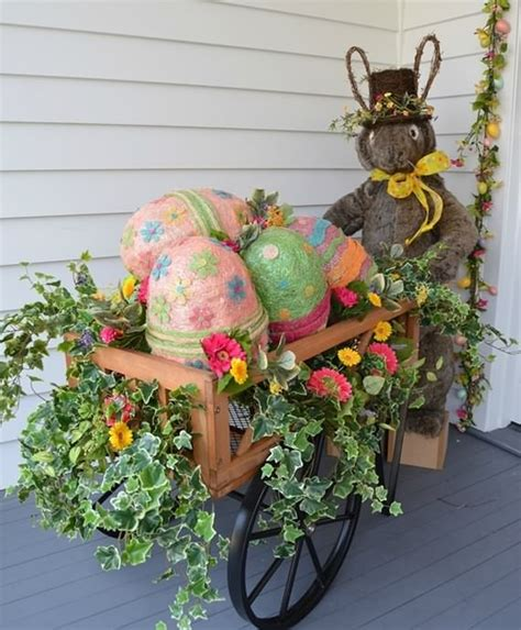 Easter Egg Garden Decoration outdoor easter decorations ideas 4 ur family
