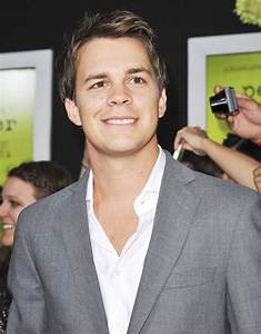 Johnny Simmons Picture 18 - The Los Angeles Premiere of ...