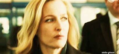 Gillian Anderson Fall Stella Gibson Gifs Giphy