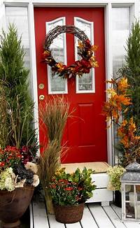 front door decorating ideas 47 Cute And Inviting Fall Front Door Décor Ideas | DigsDigs