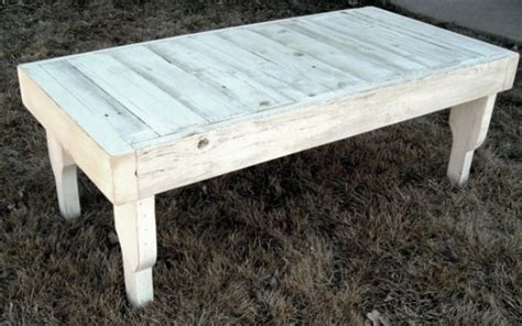 Reclaimed Wood Coffee Table In Antique White With
