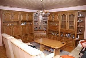 Eiche Rustikal Möbel : schrankwand eiche rustikal teilmassiv variabel stellbar in erlangen wohnzimmerschr nke ~ Orissabook.com Haus und Dekorationen