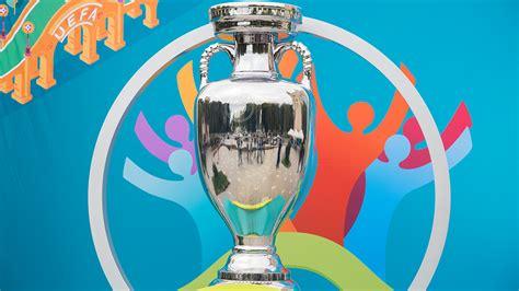 In 2021 the european championship will be held in 12 different venues across 12 different cities in 12 different nations. Schweizerischer Fussballverband - Die UEFA EURO 2020 wird ...