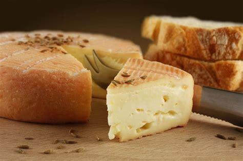 le fromage de la gastronomie de montagne montagnes site officiel des stations