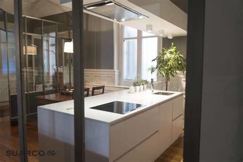 cocina blanca moderna  isla cocinas suarco fabrica