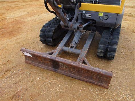 volvo ecr mini excavator vinsn  stick  bucket swing  boom blade