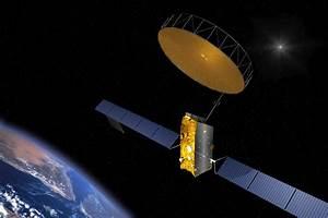 Photo Release -- Northrop Grumman's AstroMesh Reflector ...