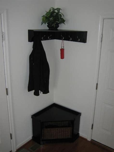 Corner Entryway Storage - 1000 ideas about corner storage on corner