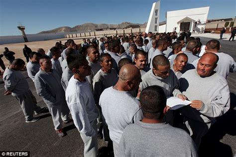 Inside Mexico's Ciudad Juarez jail where Pope Francis ...