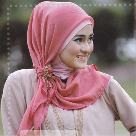 model jilbab wisuda jilbab cantik murah model jilbab