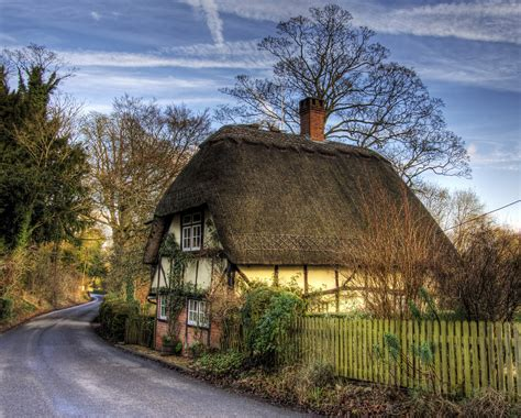 18 Gorgeous English Thatched Cottages Britain And